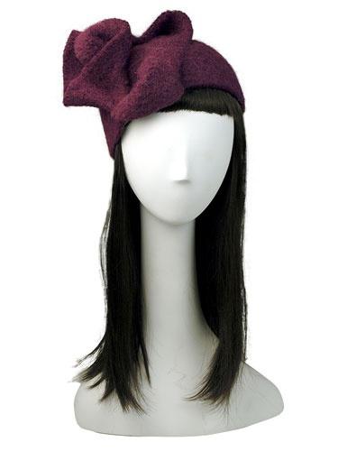 Маленькая вязаная шапка